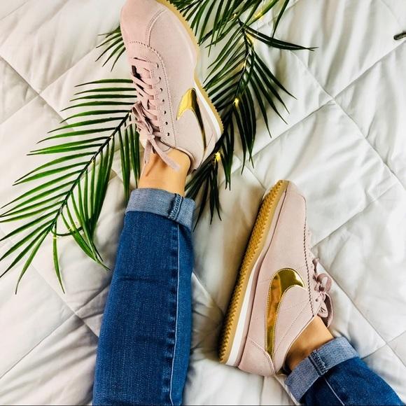62f95d85821 Women s Nike Classic Cortez SE Sneakers